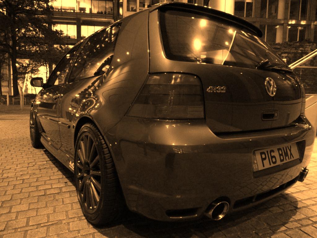 Bronze R32.jpg